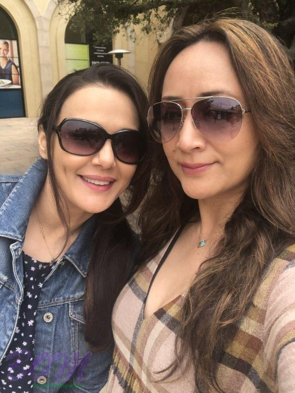 Preity G Zinta selfie with her cousin sister
