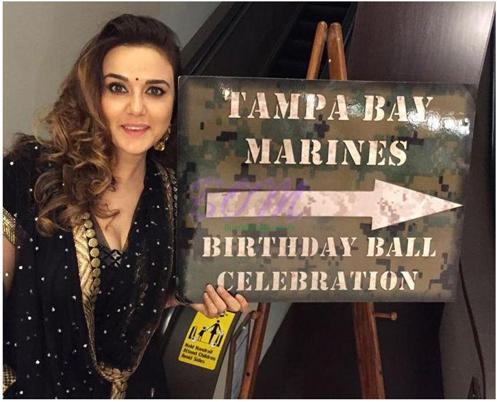 Preity Zinta cute picture after recovering from food poisoning in Nov 2014