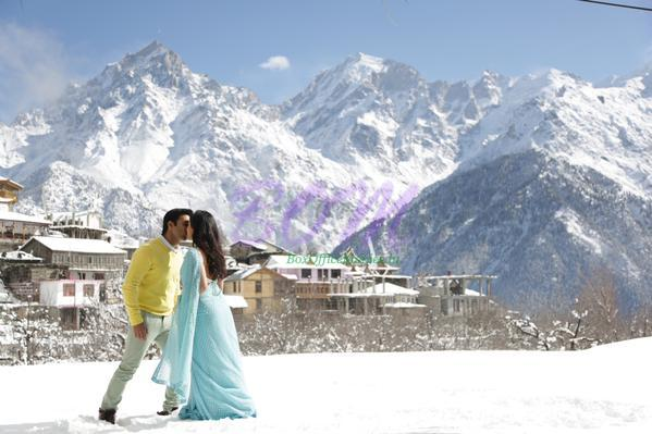 Pulkit Samrat and Yami Gautam in the first look of Sanam Re movie