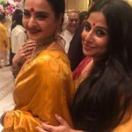 Both lovely ladies of Bollywood are looking awesome in yellow color saree.