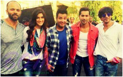Rohit Shetty, Varun Dhawan, Kriti Sanon with Shahrukh khan on the sets of upcoming Dilwale