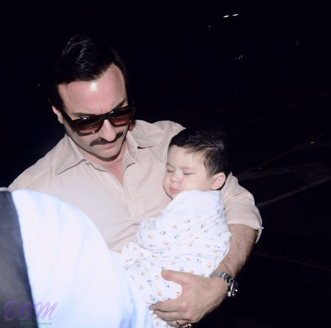 Saif Ali Khan picture with his son Taimur Ali Khan