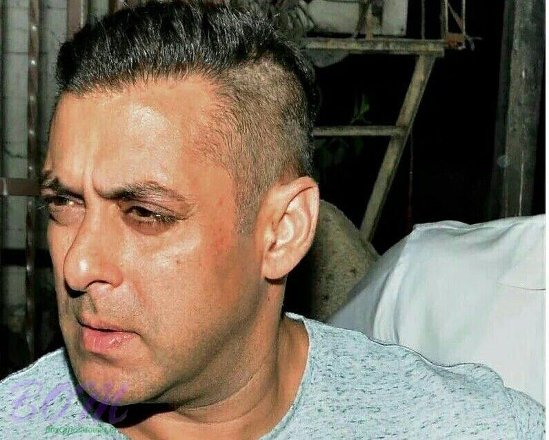 Salman Khan New Hairstyle In June 2016 Pics Bollywood Actor Movie
