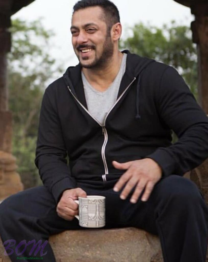 Salman Khan New Hairstyle This June 2016 Picture