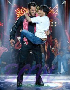 Salman and Shahrukh EID most famous picture