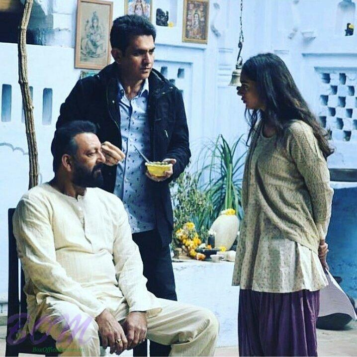 Sanjay Dutt and Aditi Roy Hydari with Omung Kumar while shooting for BHOOMI in Agra