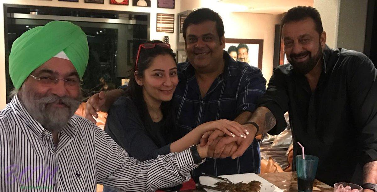 Sanjay Dutt and Manyata Dutt with Raju Chadha and Rahul Mittra