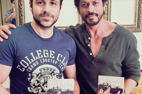 Shah Rukh Khan blessings to Emraan Hashmi and family