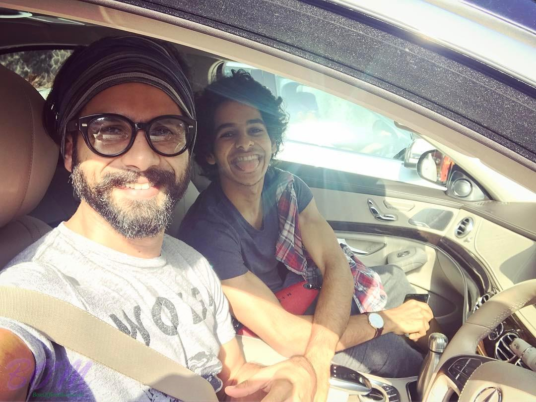 Shahid Kapoor latest picture in Apr 2017 with brother Ishaan