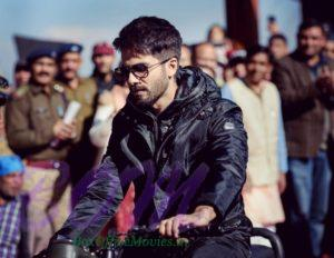 Shahid Kapoor on the sets of Batti Gul Meter Chalu