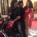 Shahrukh Khan bike ride with Imtiaz Ali and Anushka Sharma