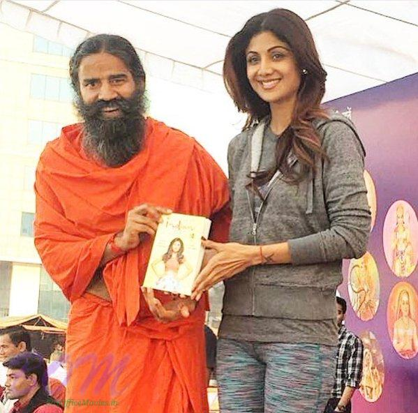 Shilpa Shetty has written her own book - The Great Indian Diet