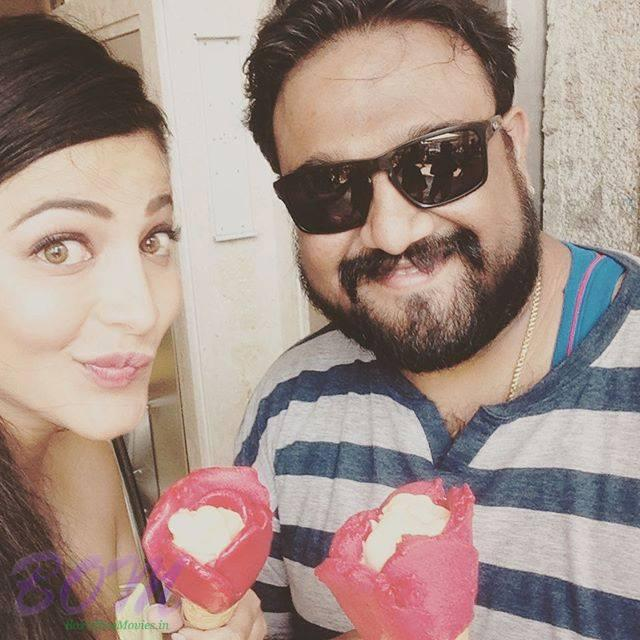 Shruti Haasan Ice cream time with her super sweet director in Milan
