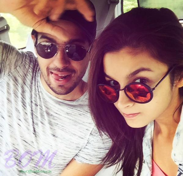 Siddharth Malhotra and Alia Bhatt from Kapoor and sons movie