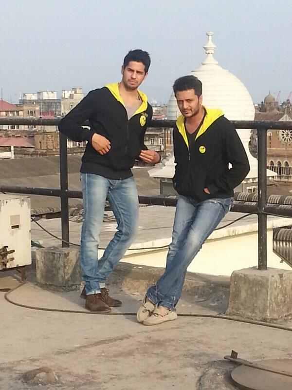 Sidharth Malhotra and Riteish Deshmukh - Smiley together