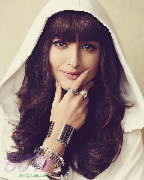 Sonakshi Sinha most stylish picture ever