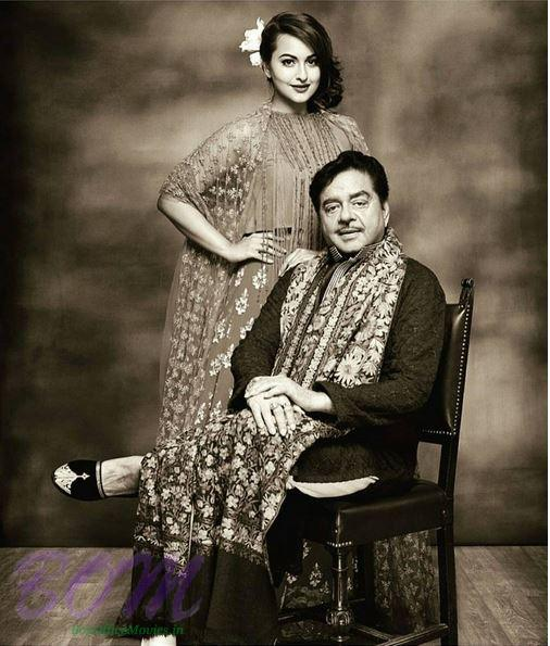 Sonakshi Sinha proud picture with father Shatrughan Sinha