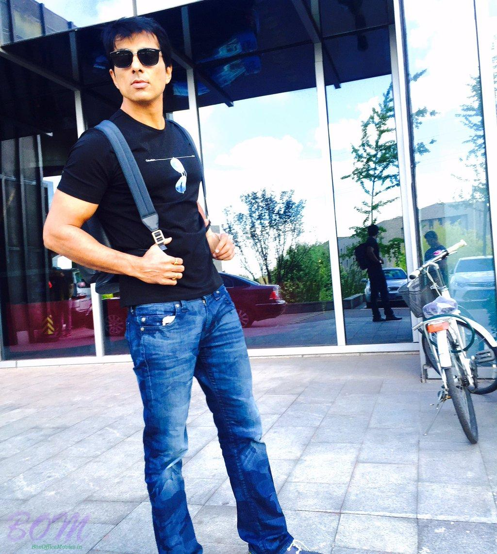 Sonu Sood - Beijing to Mumbai after wrap-up of Kung-Fu Yoga