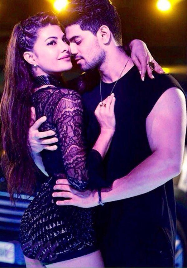 Sooraj Pancholi ‏with Jacqueline Fernandez in GF song