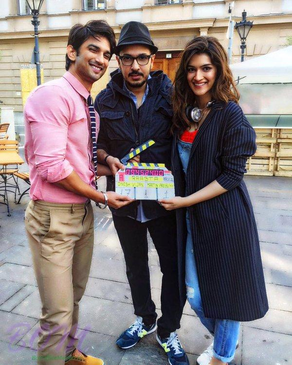 Sushant Singh Rajput with Kriti Sanon on the sets of RAABTA