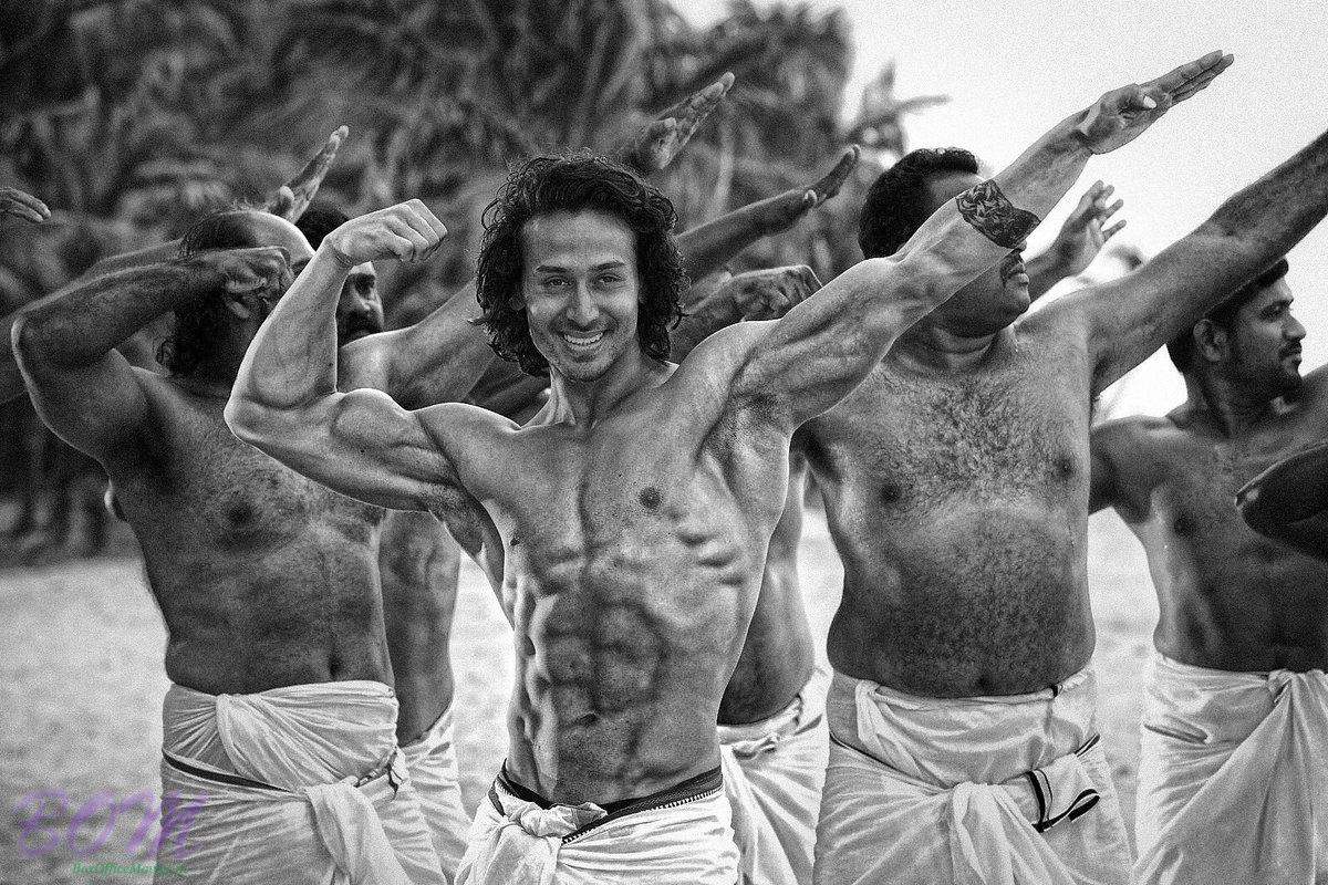 Tiger Shroff body display in style