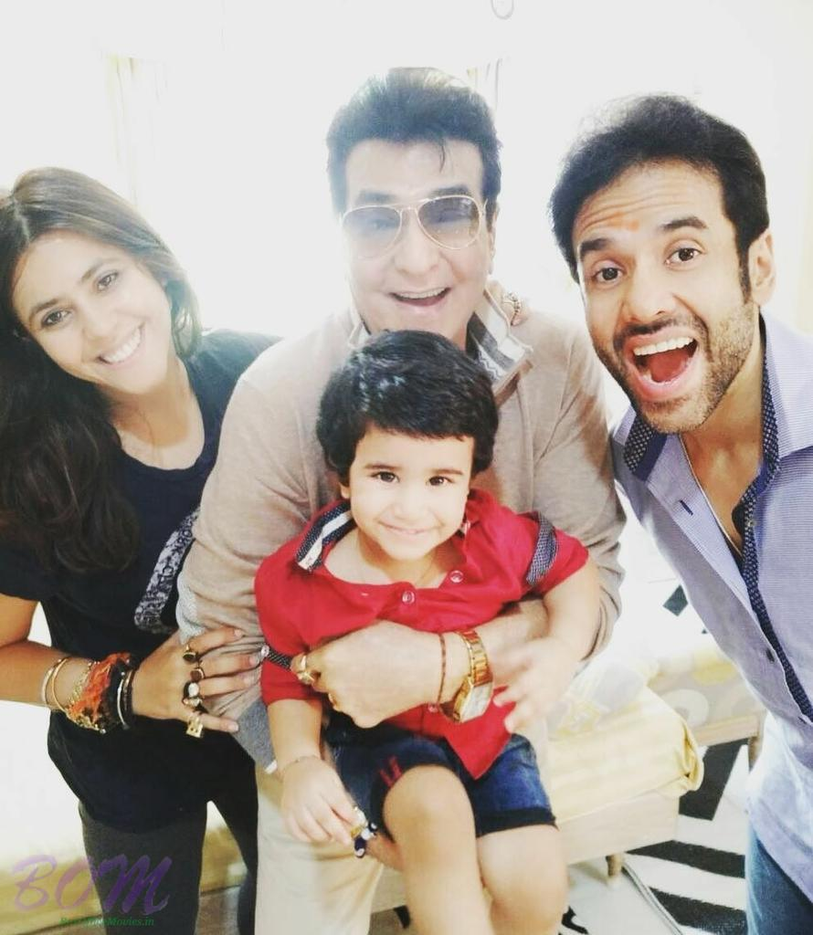 Tusshar Kapoor with his Father, Son and Sister