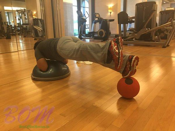 Uday Chopra doing a Plank Off Challenge by Sunny Leone