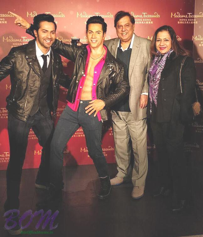 Varun Dhawan with his parents on unveiling his status at Madame Tussauds Hong Kong