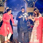 Varun and Alia with Amitabh at Cancer Patients Aid Association fashion show 2017