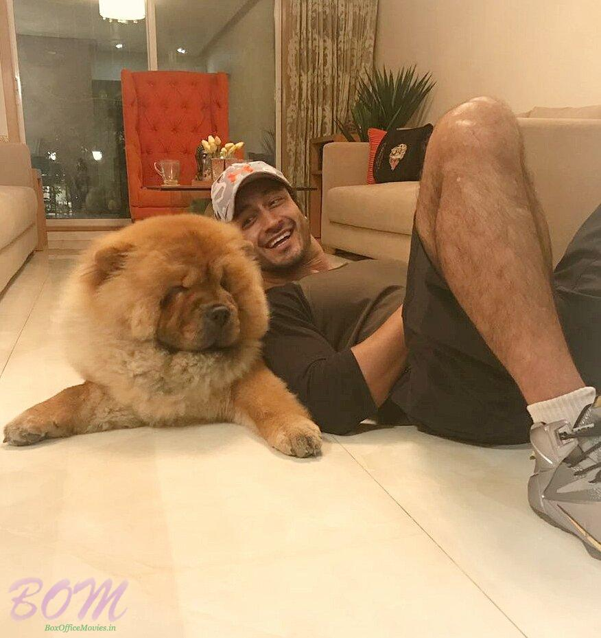 Vidyut Jammwal Perfect Pet