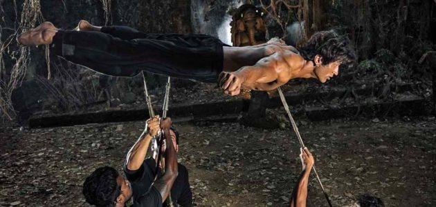 Vidyut Jammwal in a fabulous action scene to amaze you