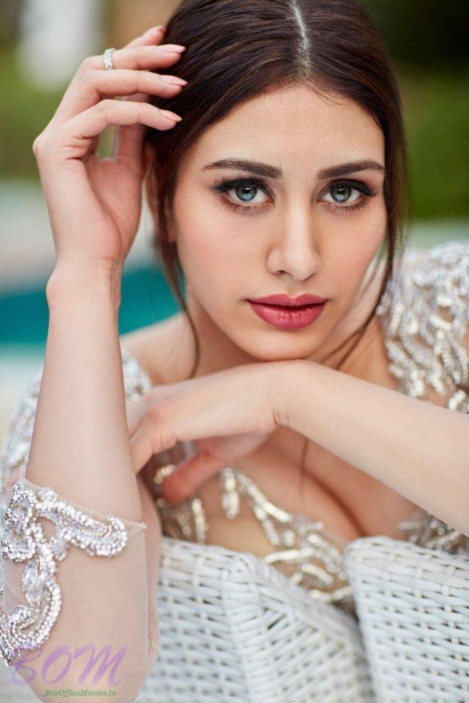 Warima to debut opposite Aayush Sharma in Loveratri