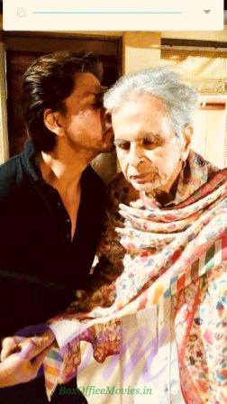 When Shahrukh Khan met Dilip Kumar saab on 13 Feb 18