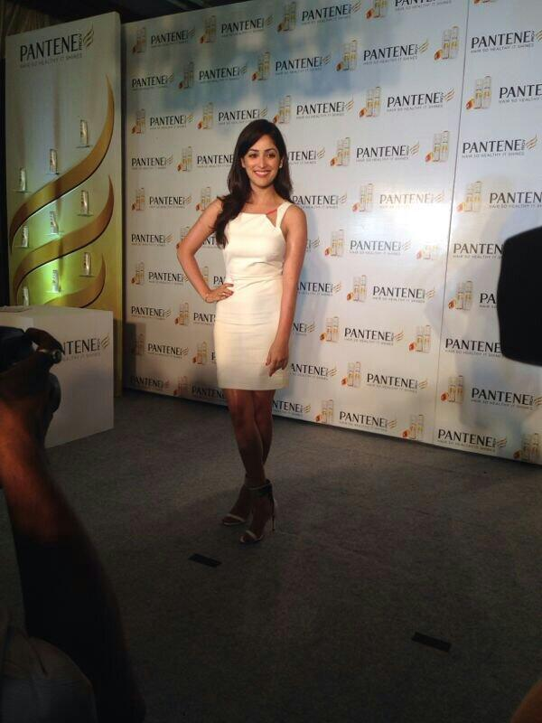 Yami Gautam In Delhi to take another hair dare on stage with Pantene India and share hair care tips - on 17 June 2014