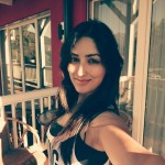 Yami Gautam lovely Good morning selfie picture. ah she is cute deadly