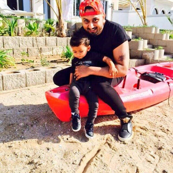 Yo Yo Honey Singh with his nephew