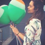 You will love these balloons in the hand of beautiful Esha Gupta