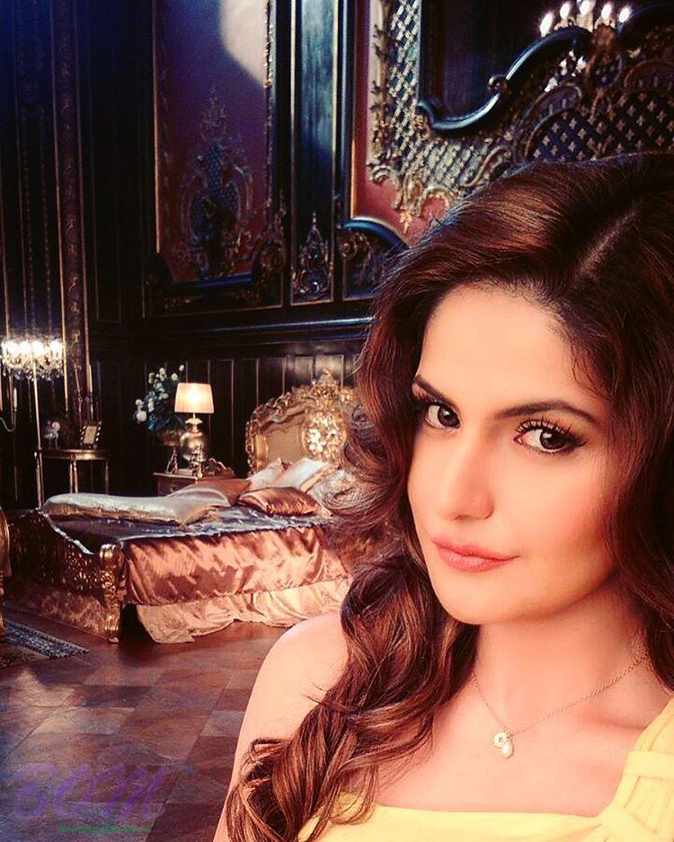 Zareen Khan selfie with her fairytale thoughts