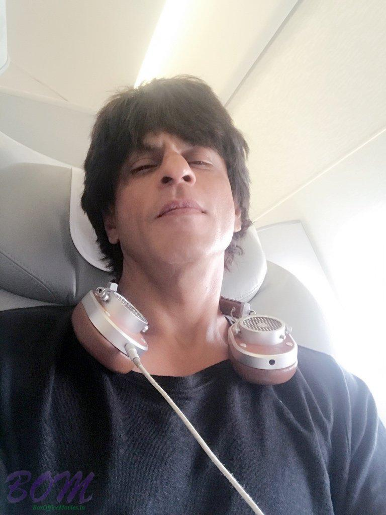 Shahrukh Khan selfie after one LA trip recently